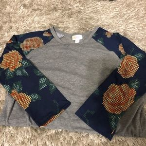 LulaRoe Randy baseball tee flower sleeves